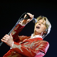 David Bowie : un documentaire sur ce chanteur de pop rock sur la BBC